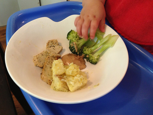 Baby led weaning with broccoli