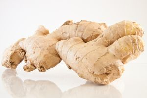 Raw Ginger for Gingerbread Cookies